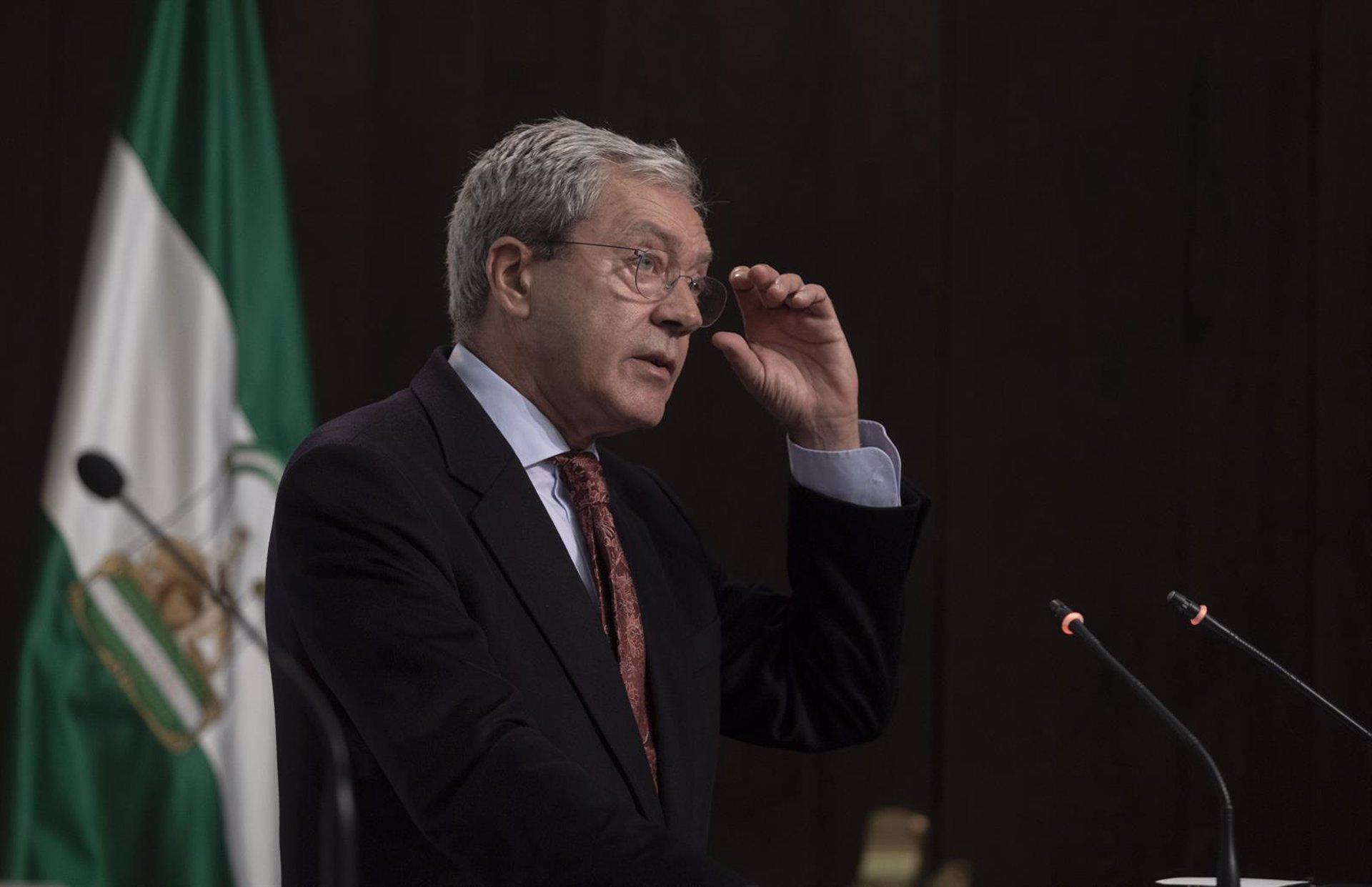 """Granada.- Coronavirus.- Velasco destaca el """"enorme esfuerzo"""" de la Junta en apoyo a comercio y hostelería"""