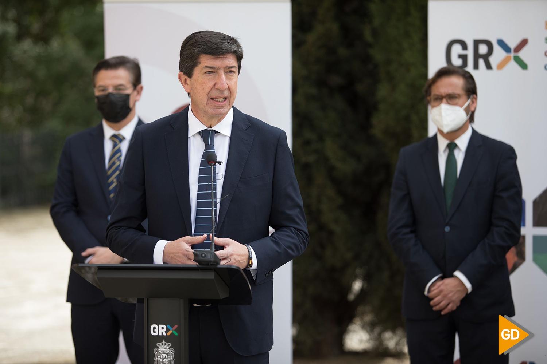 Foto-Antonio-L-Juarez- Juan Marín visita Granada, alcalde luis salvador, delegado cultura antonio granados