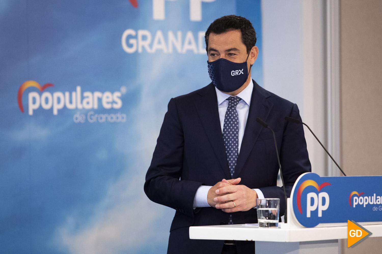 Pablo Casado y Juanma Moreno clausuran la reunion de alcaldes del PP en Granada