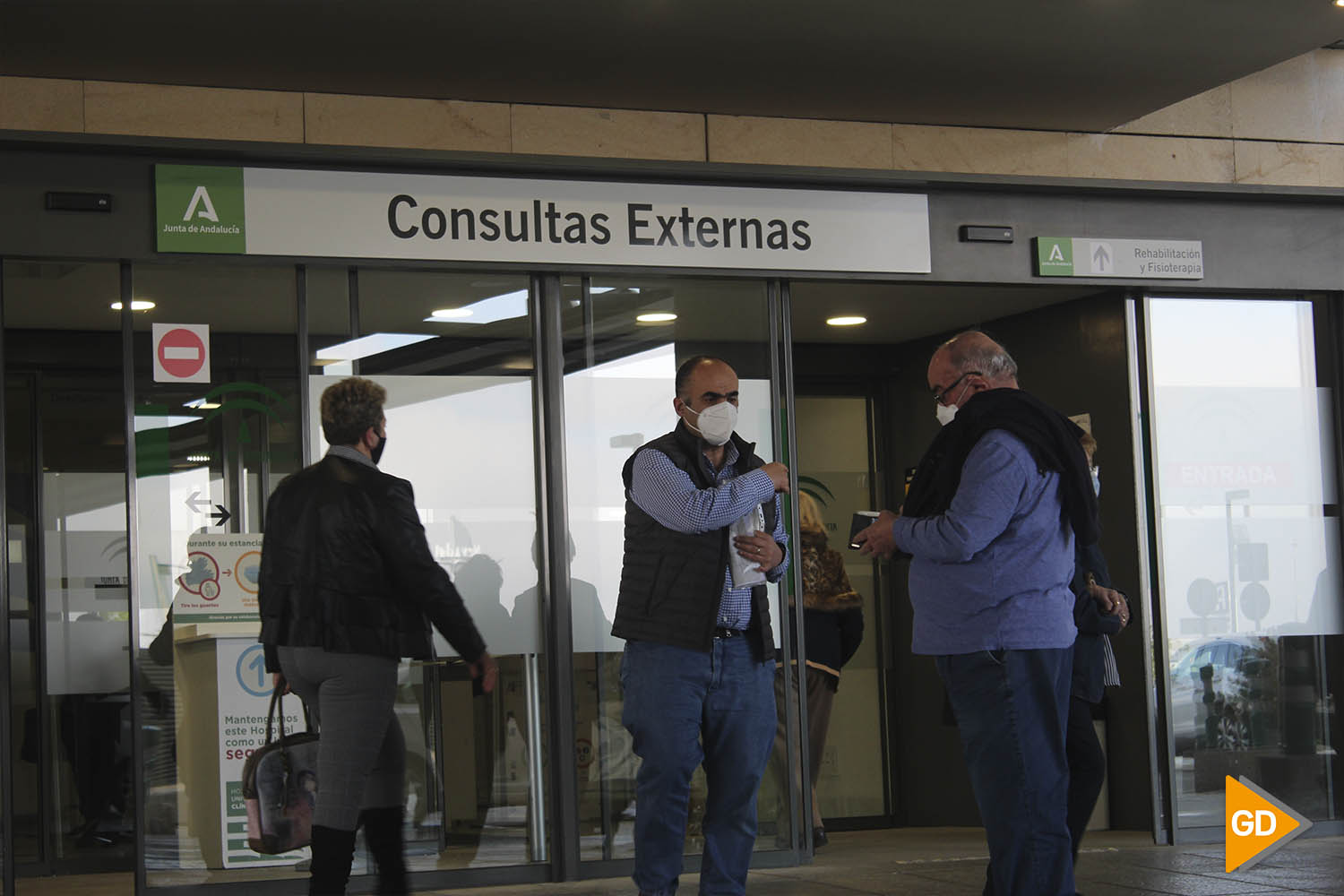 ENTRADA CONSULTAS EXTERNAS HOSPITAL PTS David Canca 16