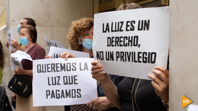 Manifestacion por cortes de luz en iznalloz Carlos Gijón-5