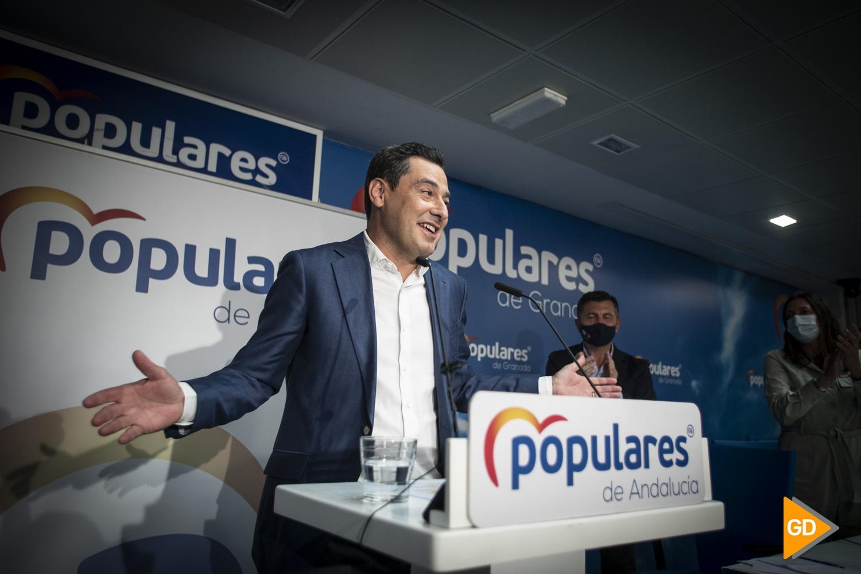 Juanma Moreno asiste a la reunión de la Junta Directiva Autonómica del partido en Granada